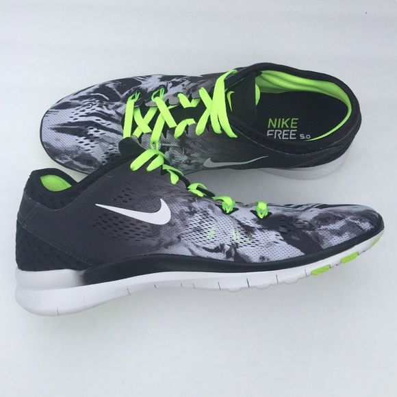 Athletic · Nike Free 5.0 TR Fit 5 Lightweight flexible multi- purpose shoes  with a fun print