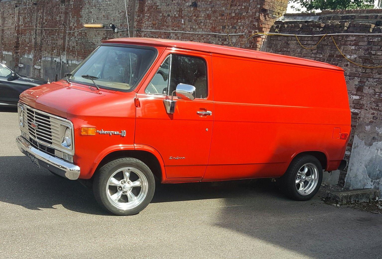 d4e96c9a96 1974 Chevrolet G10 Chevy Van Shorty
