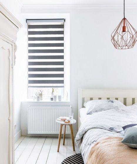 Zwart Wit Duo Rolgordijn Van Bece Grafisch Lamp Duo Raamdecoratie Raamdecoratie Slaapkamer Interieuren Rolgordijnen
