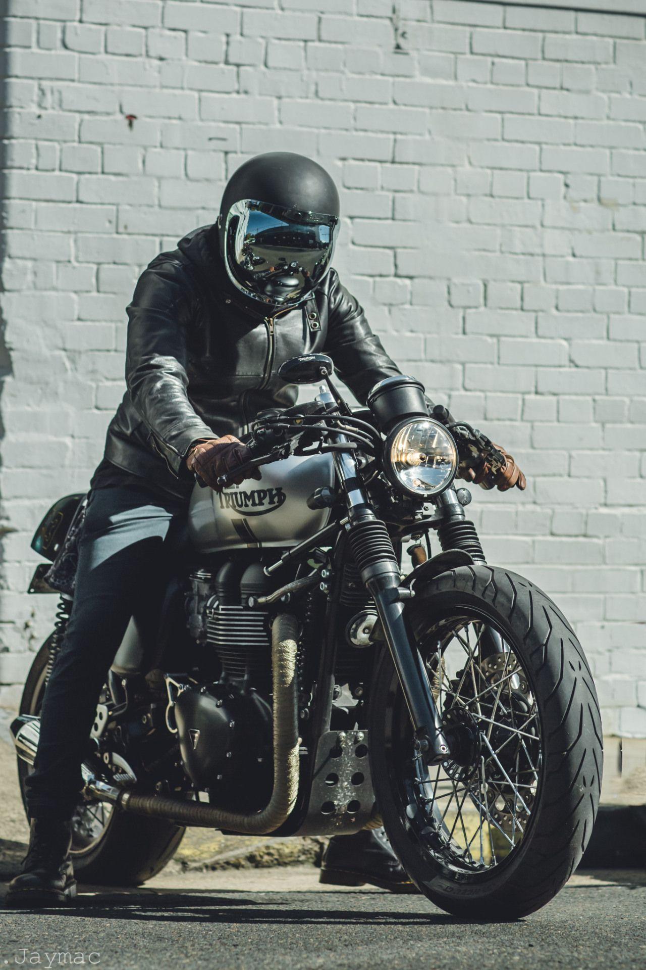 triumph motorcycles cars bikes motorrad retro bikes. Black Bedroom Furniture Sets. Home Design Ideas