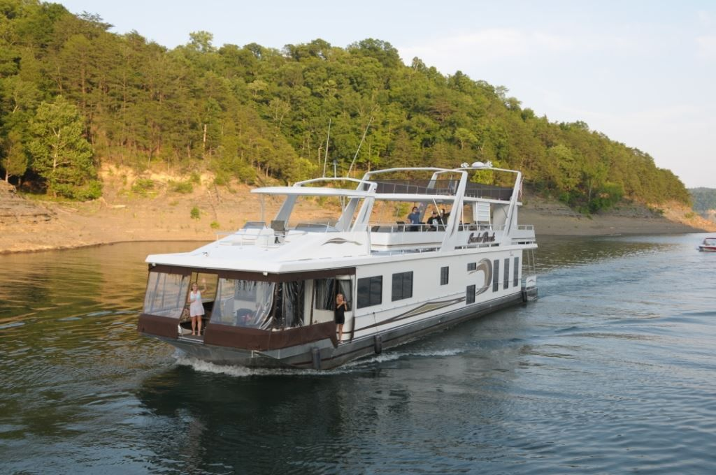 Winterizing Your Houseboat How-to for you lucky liveaboards