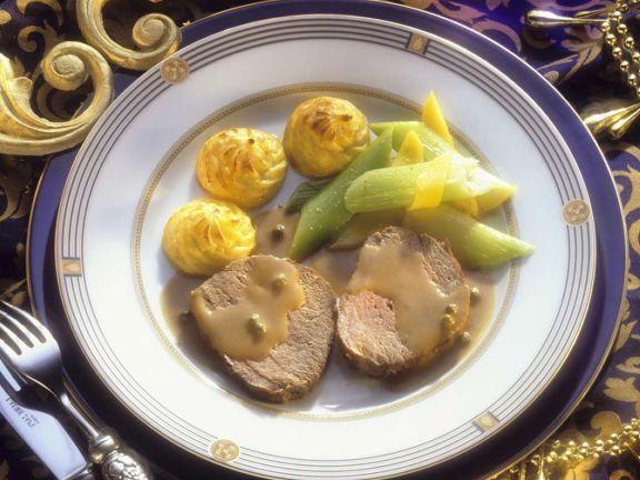 Filetbraten mit Beilagen ist ein Rezept mit frischen Zutaten aus der Kategorie Rind. Probieren Sie dieses und weitere Rezepte von EAT SMARTER!