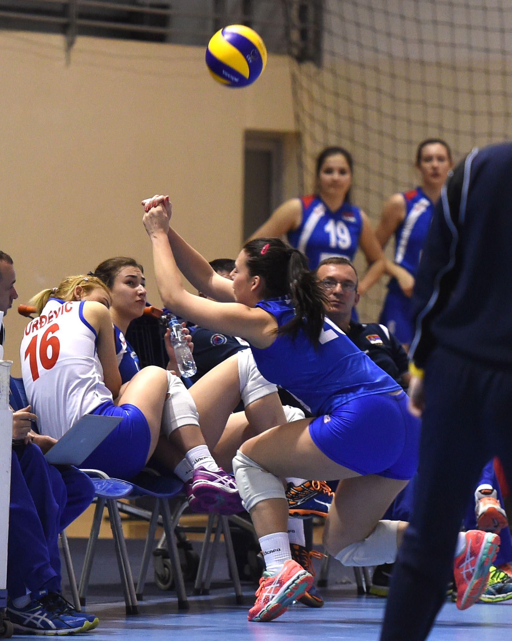 Volleyball Skill Katarina Lukic Volleyball Skills Volleyball Sumo Wrestling