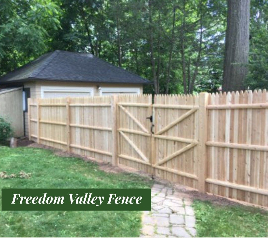 Cedar Fence Privacy Fence Wood Fence Cedar Fence Mailbox Installation Fence