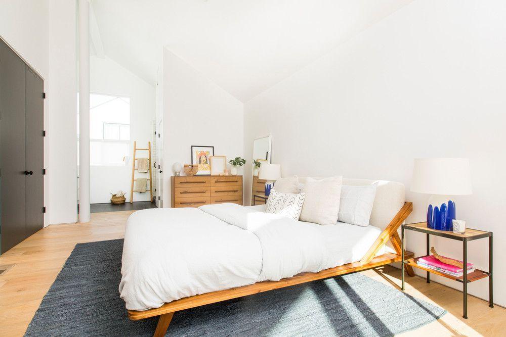 Japanese Inspired Delta Low Profile Platform Bed With Natural Wooden Till Presenting Zen Nuance Furnitur Platform Bed Designs Bed Design Japanese Platform Bed