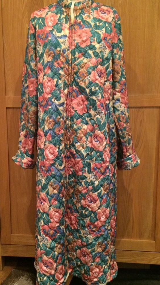 Vintage Retro 60S 70S Style Gaudy Floral Quilted Dressing Gown Size ...