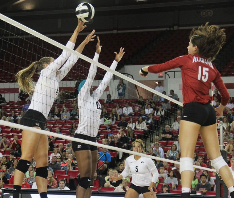 Georgia Volleyball Heads To Auburn For First Sec Road Test Female Volleyball Players Road Test Volleyball