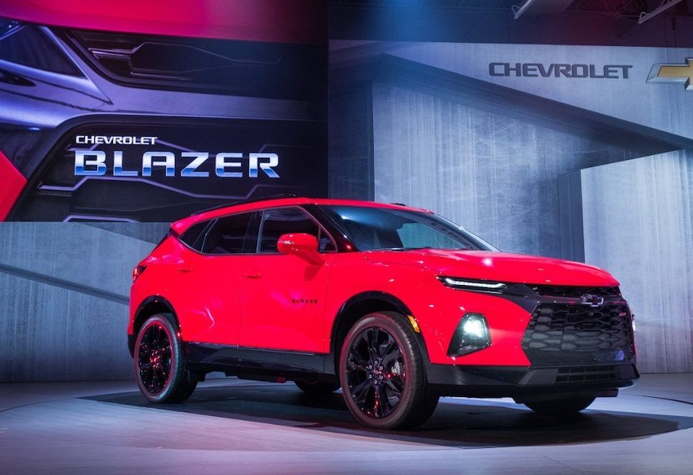 New Chevy Blazer Arrives Early 2019 Looks Like A Camaro Suv