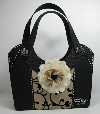 A breathtaking Becky Roberts purse...I would so carry this!
