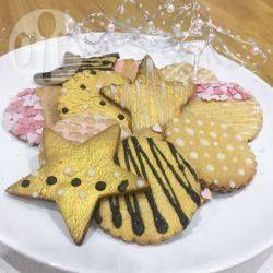 Vegane Gingerbread Weihnachtsplätzchen - Im Winter wenn es kalt und dunkel ist gehören für mich einfach Gingerbreadplätzchen zum Kaffee. Sie schmecken in meiner veganen Version genauso lecker wie das Original.@ de.allrecipes.com