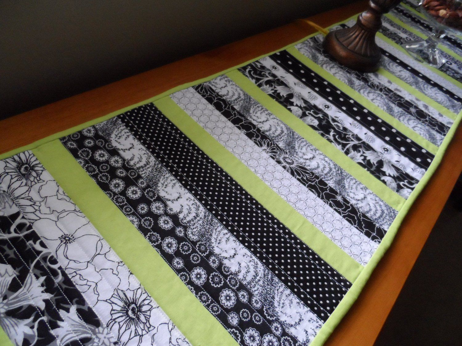 Fabulous Easy Table Runner Neneng Quilt Projects Pinterest Download Free Architecture Designs Scobabritishbridgeorg