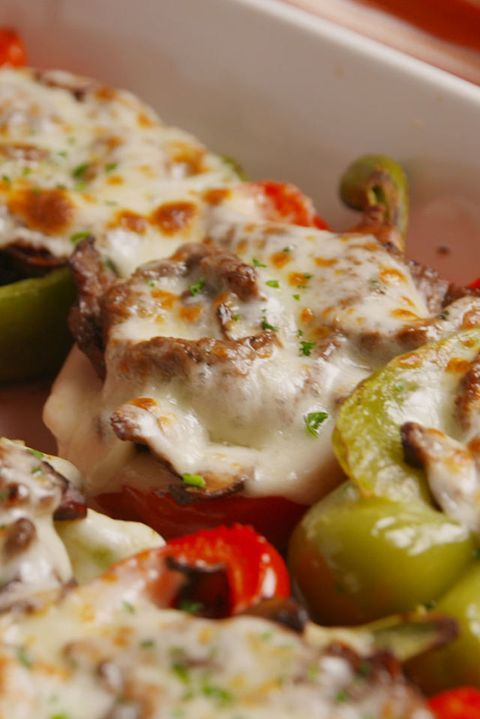 Cheesesteak Stuffed Peppers = The Low-Carb Way To Eat Your Favourite Sandwich