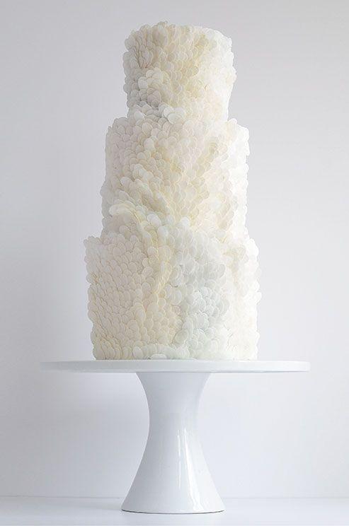 02 17 rustic ideas plum pretty sugar yellow wedding cakeswedding