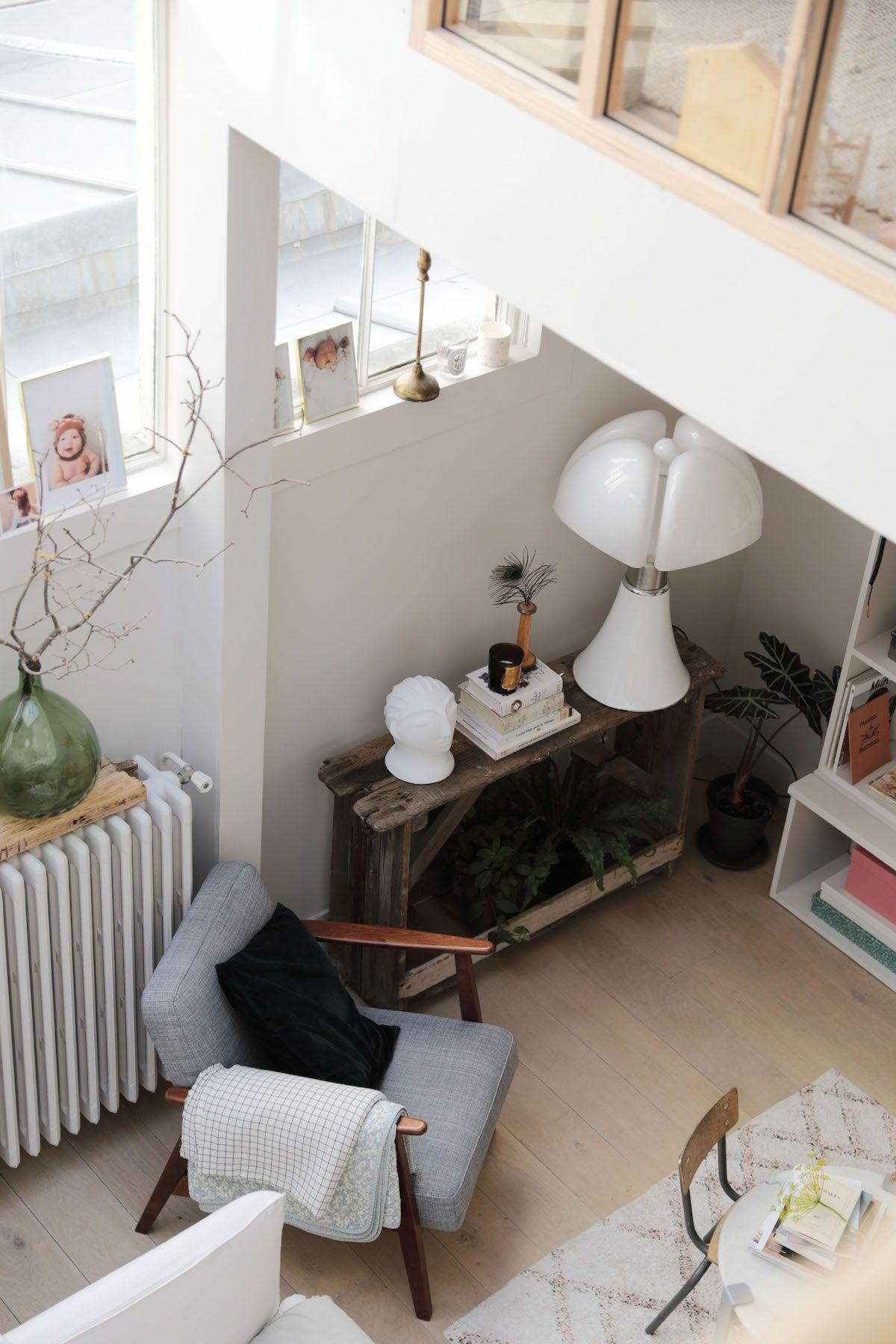 Bienvenue Dans Le Duplex Concu Comme Une Maison De Melle Madeline Hello Blogzine Interieur Maison Maison Decoration Appartement