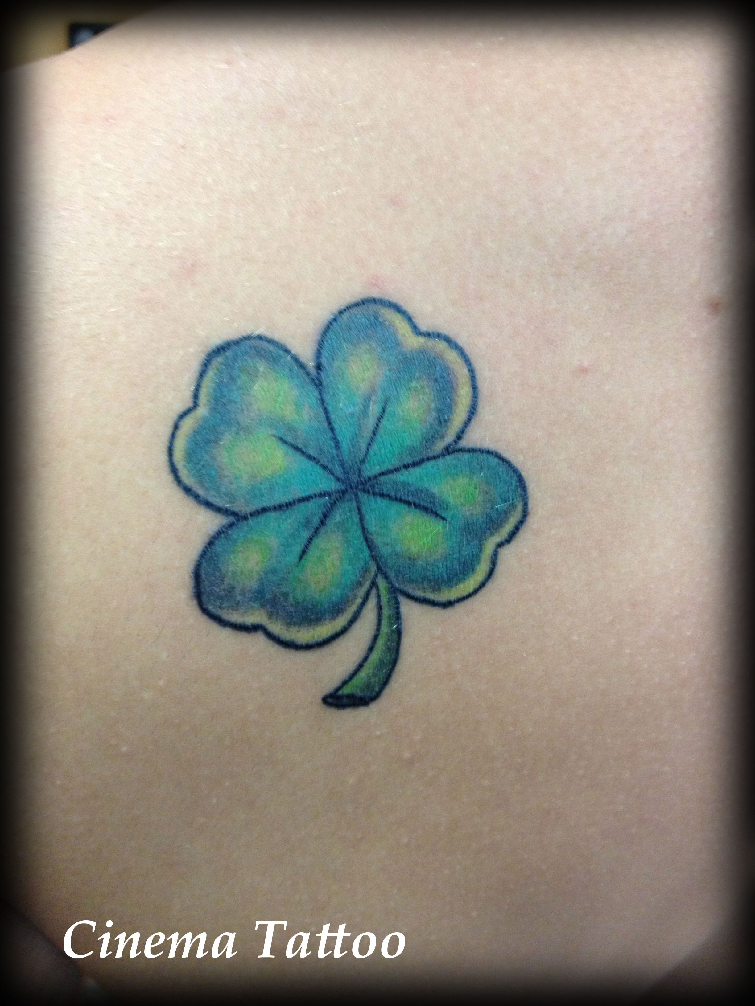 cinema tattoo | Tatuajes trebol 4 hojas, Treboles 4 hojas, Trebol
