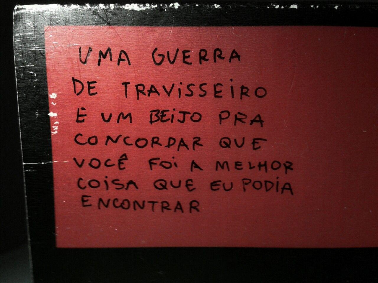 . travEsseiro