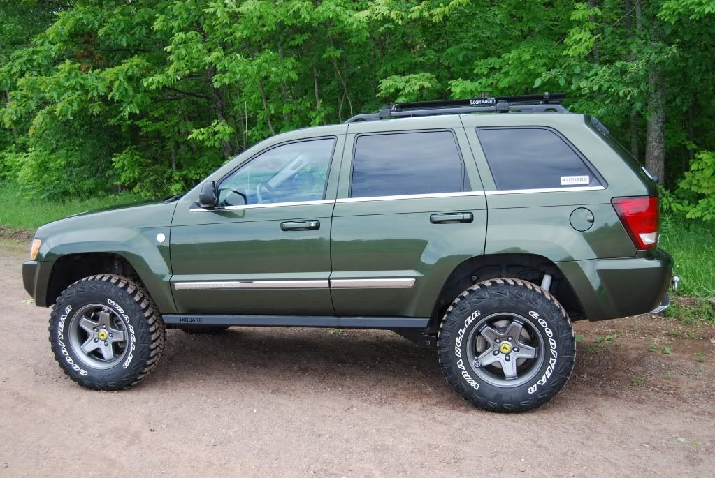 Sold Lifted 2006 Jeep Grand Cherokee 5 7l Hemi Great Lakes 4x4