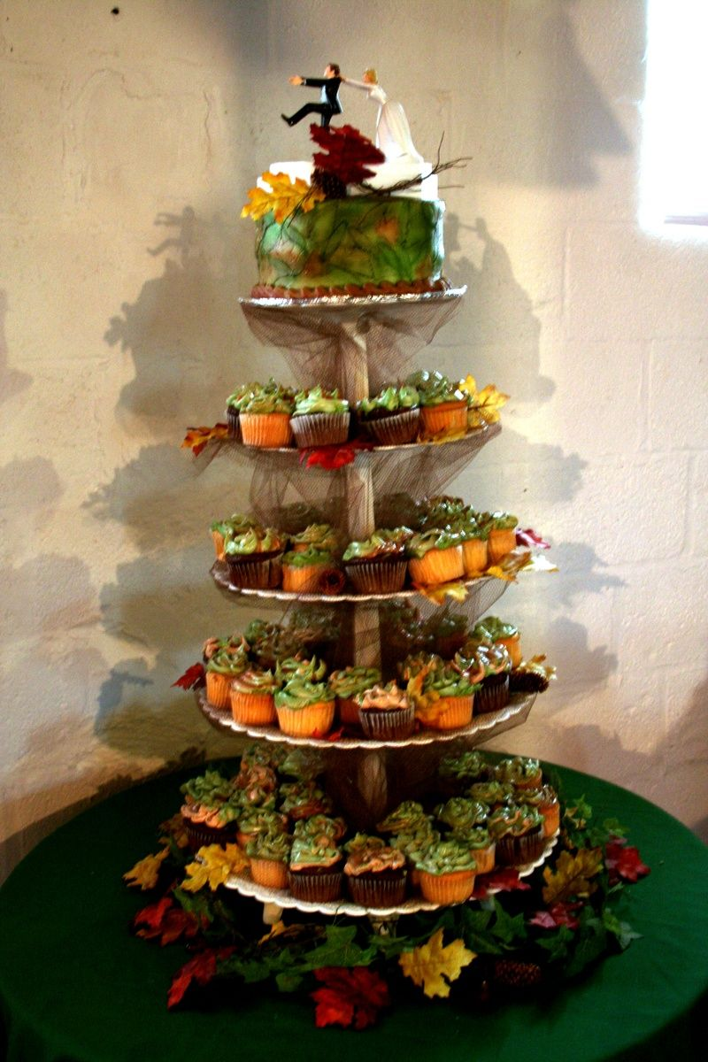 camo wedding ideas | Camo wedding - Cakes Plus | Wedding Cake for ...