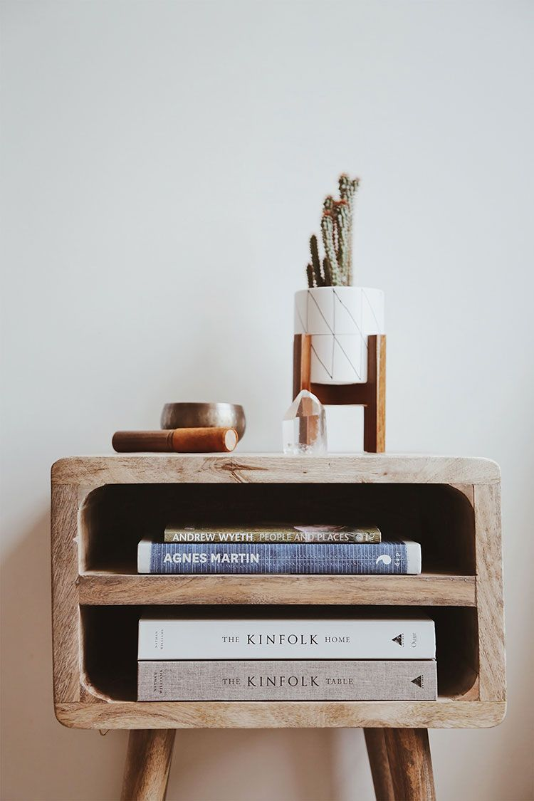 A Few Tips & Resources for Living a Minimalist Life #minimalisthomedecor