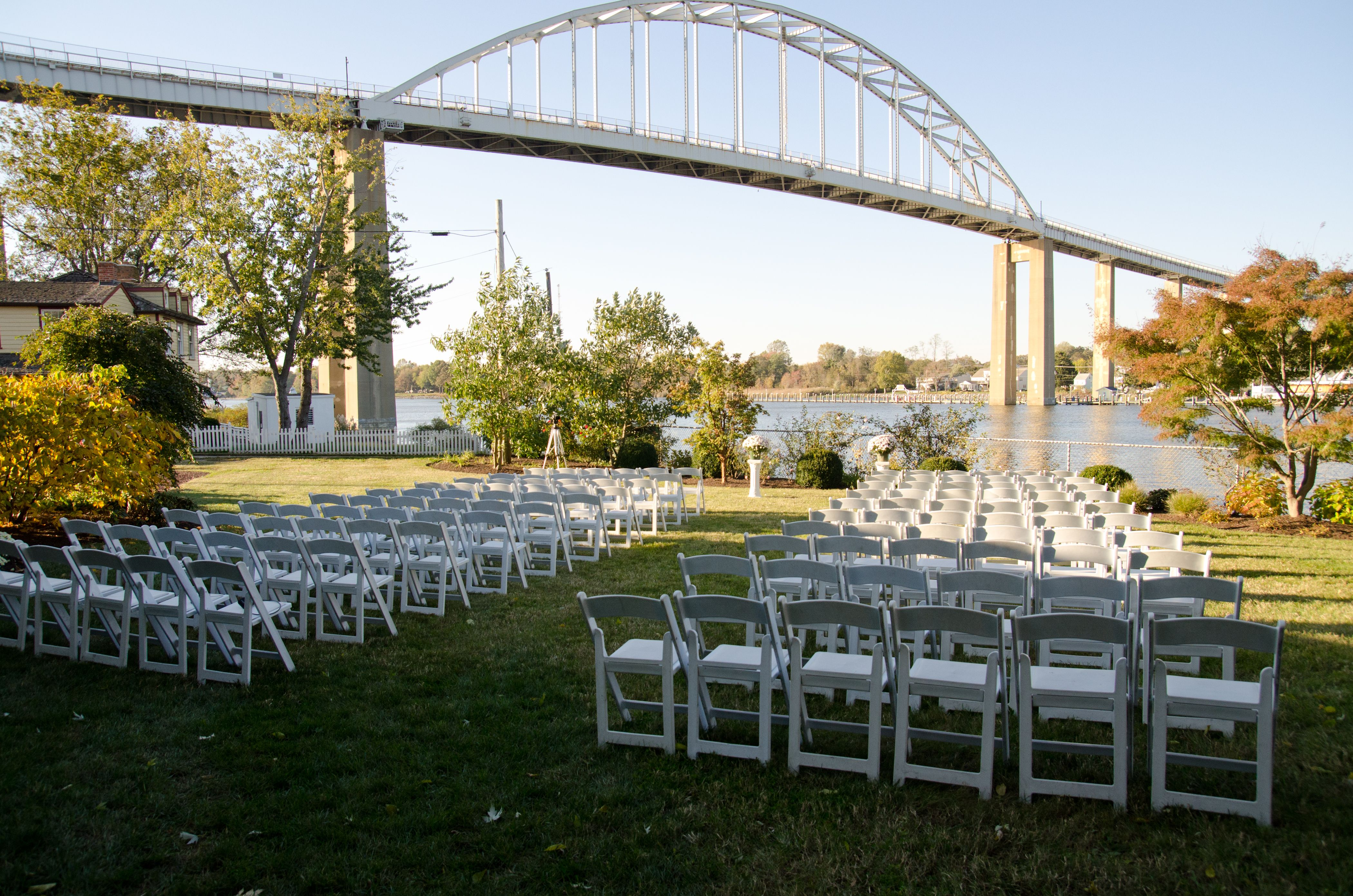 Moon Property Within Walking Distance Of The Chesapeake Inn Dream Wedding