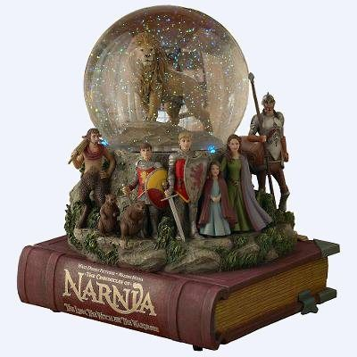 CHECK OUT HOW GORGEOUS THIS IS...AND EXPENSIVE Narnia Disney Snowglobe Very Rare Piece