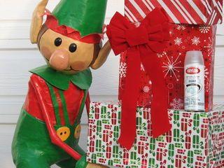 Santa's Elves Yard Display | Diy christmas elves, Elf ...