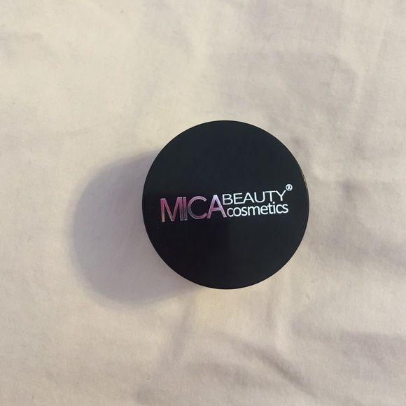 MICA beauty cosmetics cream eyeshadow bronze New MICA beauty cosmetics cream eyeshadow in bronze. It is .14 oz. please feel free to ask any questions :) MICA beauty cosmetics Makeup Eyeshadow