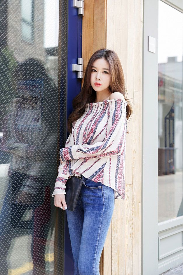 Ruffle Off Shoulder Ethnic Blouse