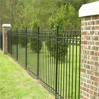 Types Of Fences With Pictures Iron Fence Backyard Fences Wrought Iron Fences
