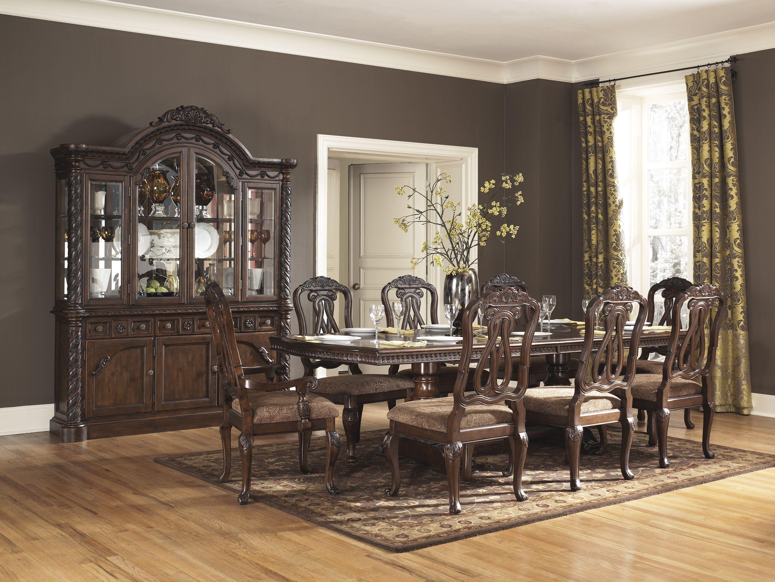 El Mejor Toque De Elegancia En Tu Hogar Con La Linea North Shore De Ashley Furniture Homestore Hogar Decoracion Hogar Comedores Clasicos