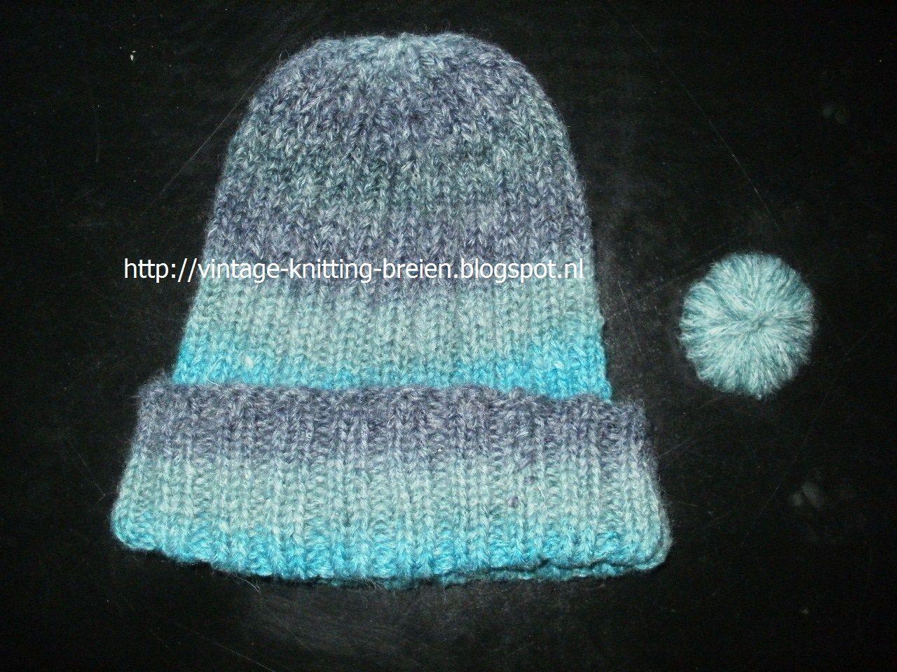 Zelfgebreide muts. Hier een paar foto's en het breipatroon van deze zelfgebreide muts   http://vintage-knitting-breien.blogspot.nl/search/label/muts