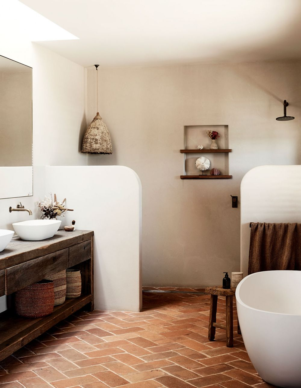Spanish Influenced Australian Homestead In The Byron Hinterlands French Home Decor Home Decor Quirky Home Decor