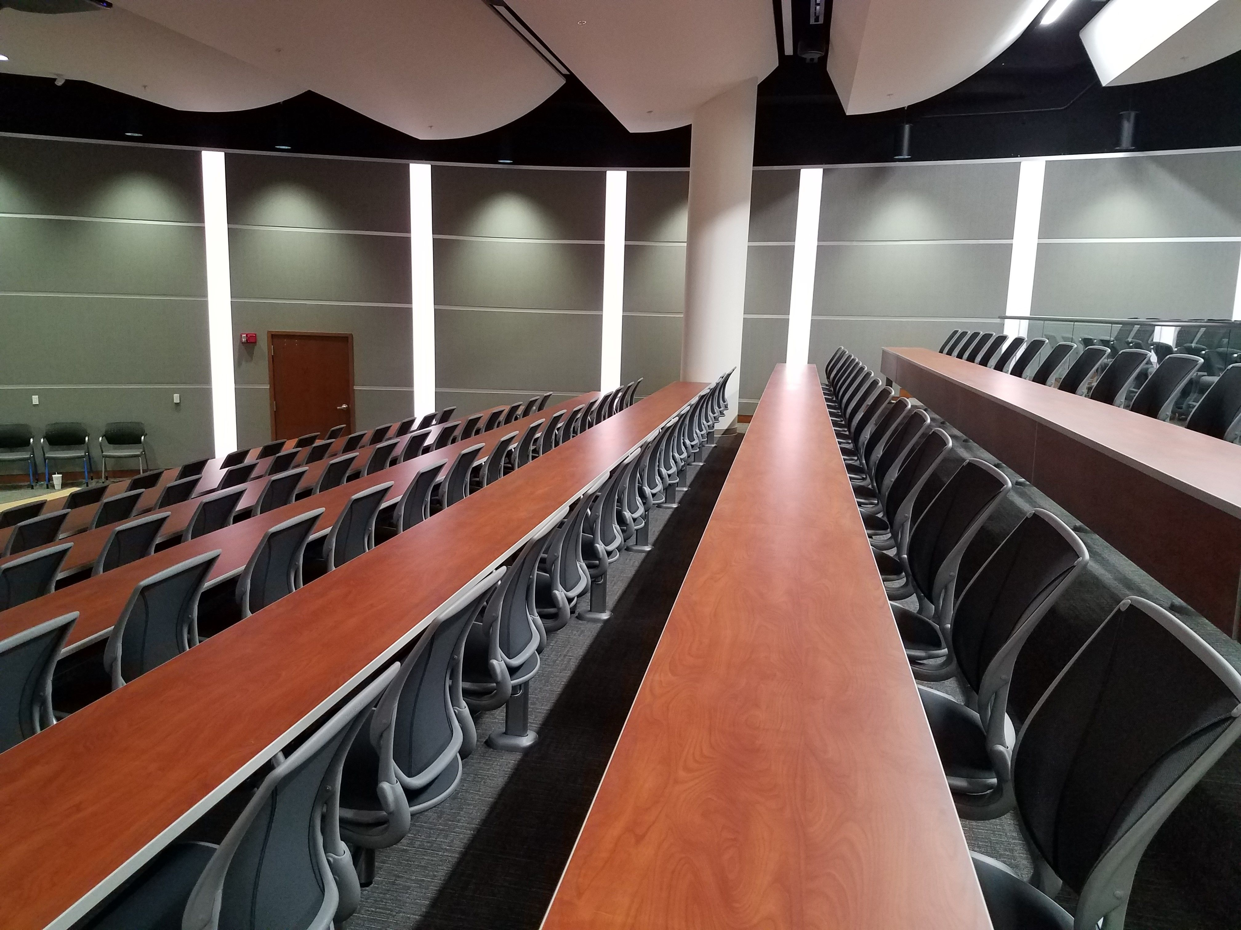 Sedie Auditorium ~ What a great example of using two sedia systems lecture hall