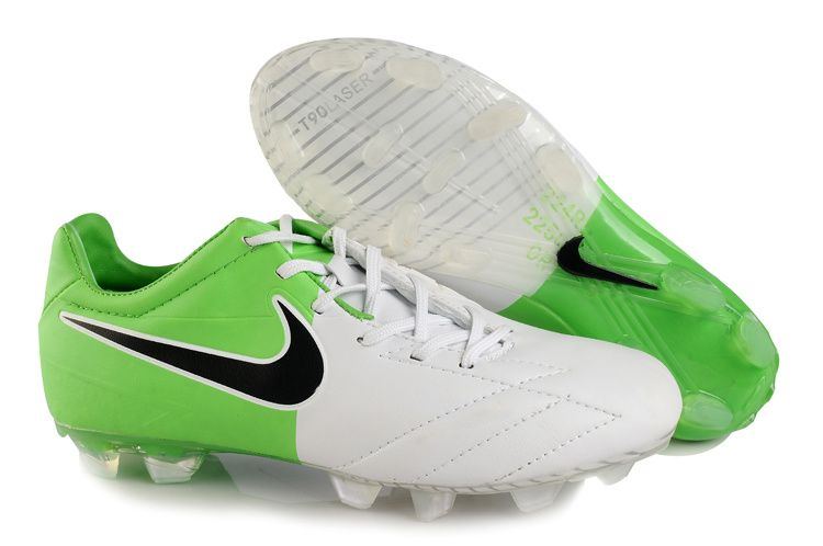 2057ec9db New soccer shoes !