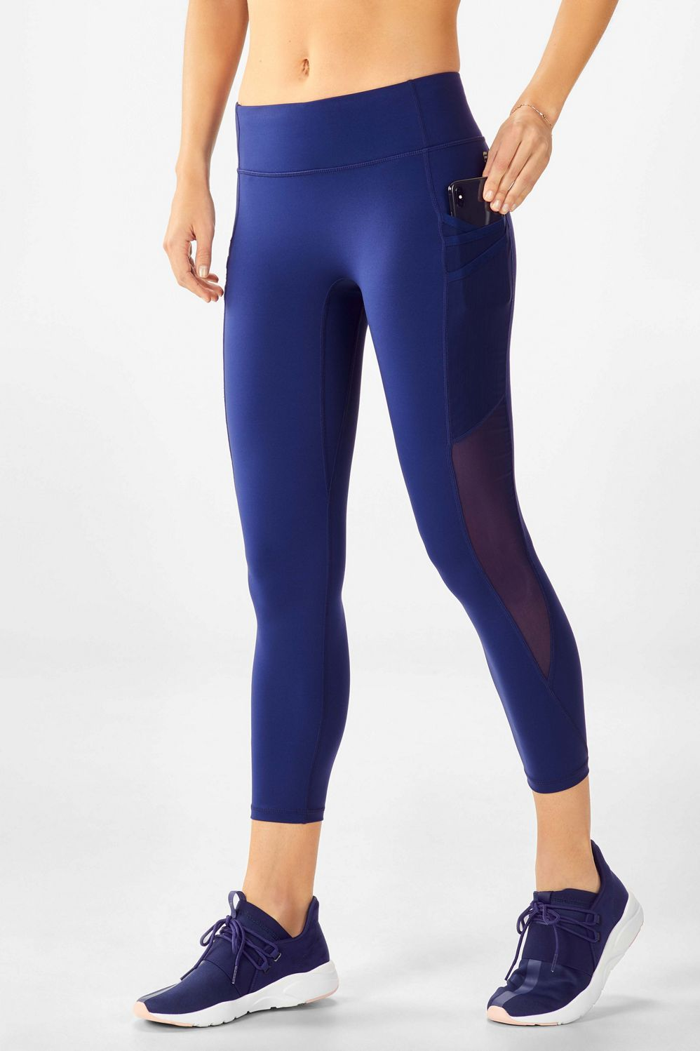 d36b10c52f That's why we designed our 7/8 legging with an innovative triple-pocket  design. Our most versatile style ever features a glove-like fit ...