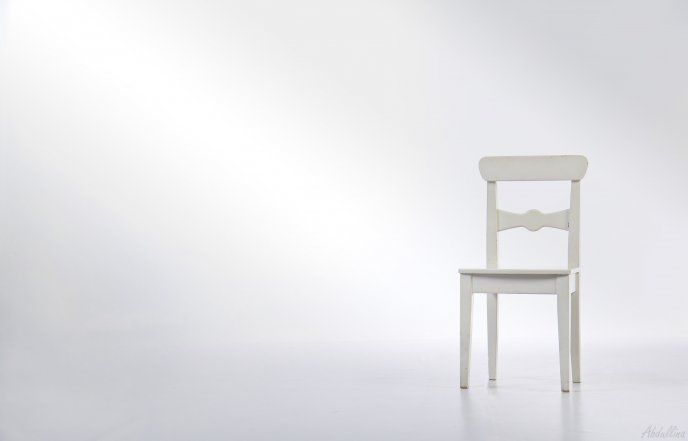 A White Chair In A White Room Hd Wallpaper White Chair Bedroom Decor Shabby Chic Dining Room