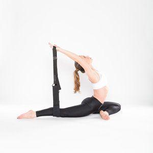 flxyogaholtz154  hip stretches ballet technique