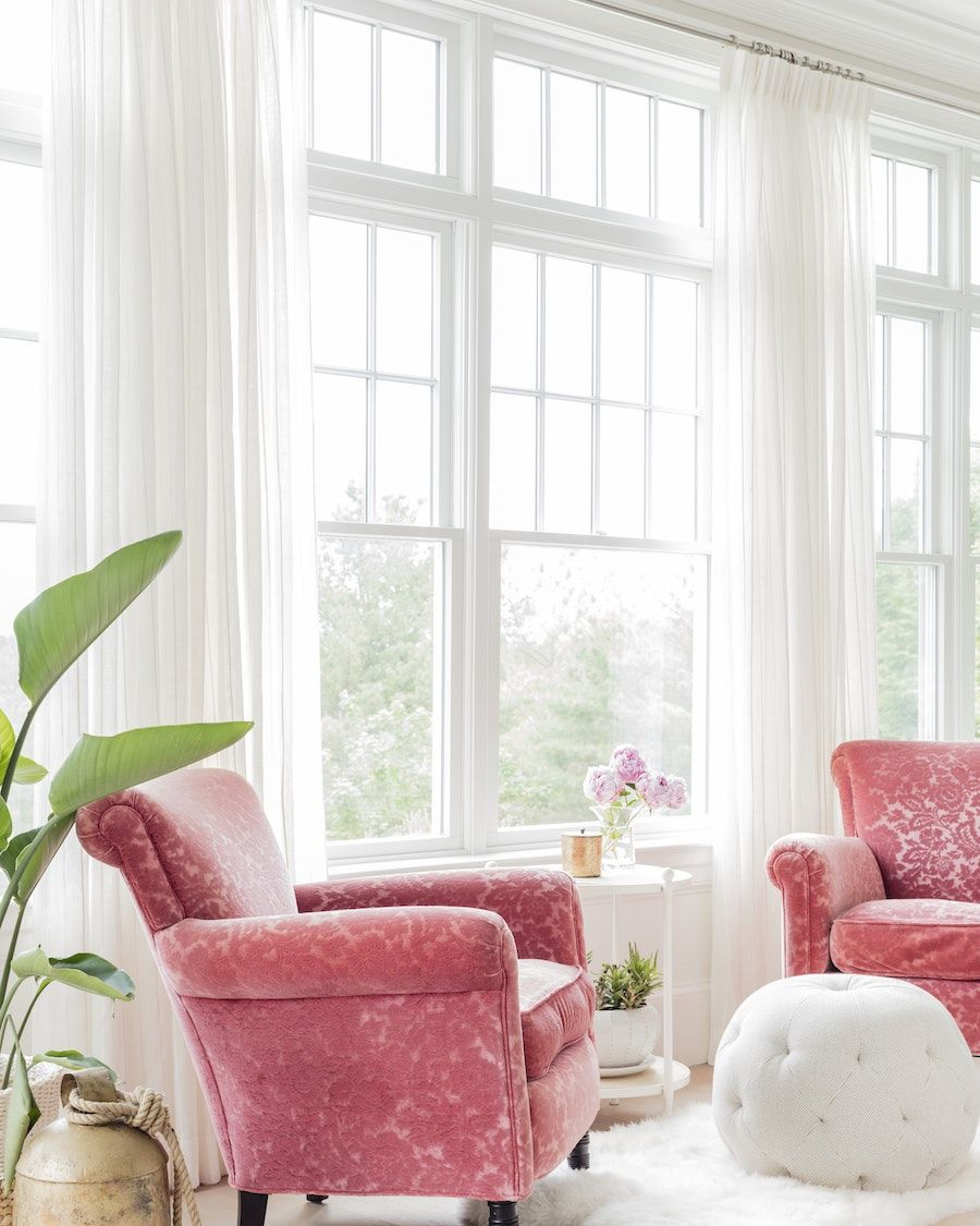 15 Favorite Pink Accent Chairs for the Living Room ...