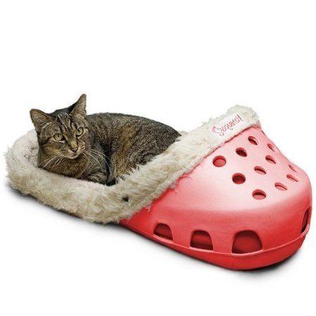 Sasquatch Pet Bed