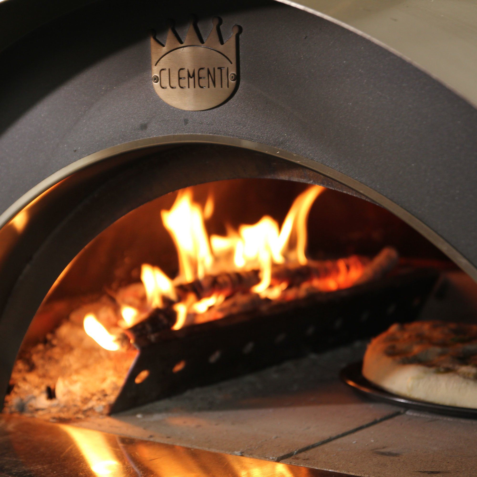 Clementi Family Wood-fired Pizza Oven 100×80 cm.  Anthracite