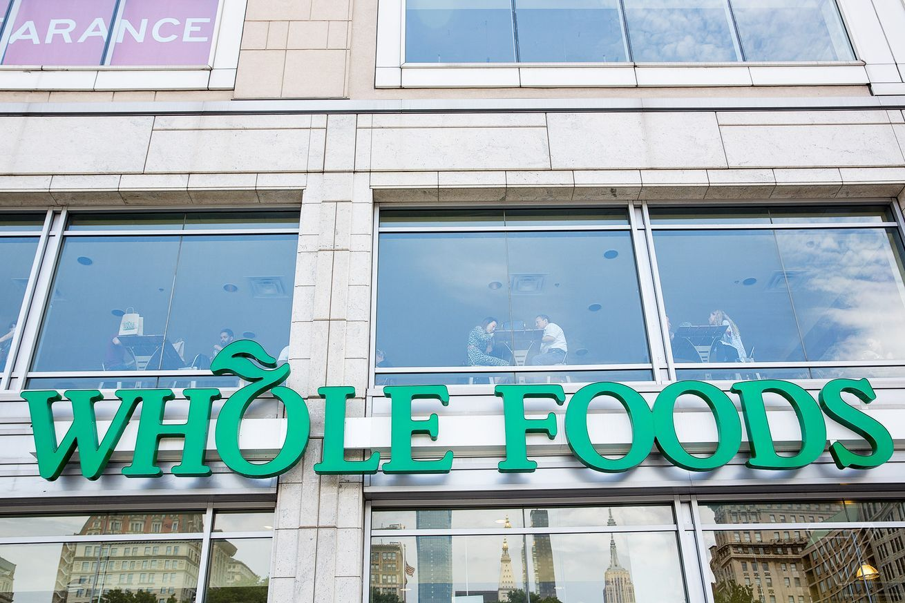 Amazon is reportedly bringing Whole Foods to US suburbs
