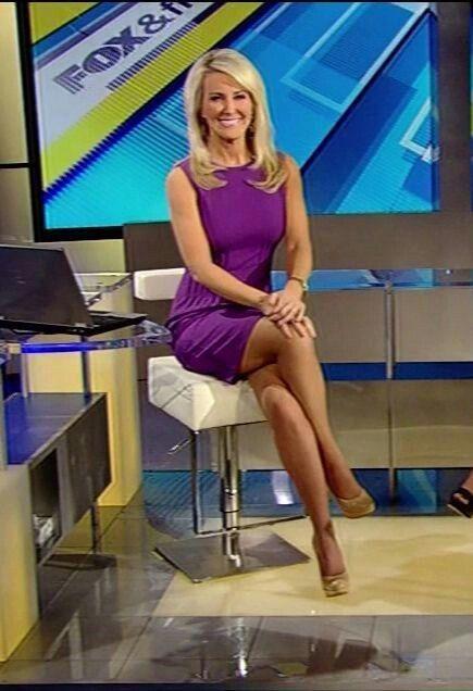 Heather Childers  Hot Journalists  Reporters  Pinterest -9514