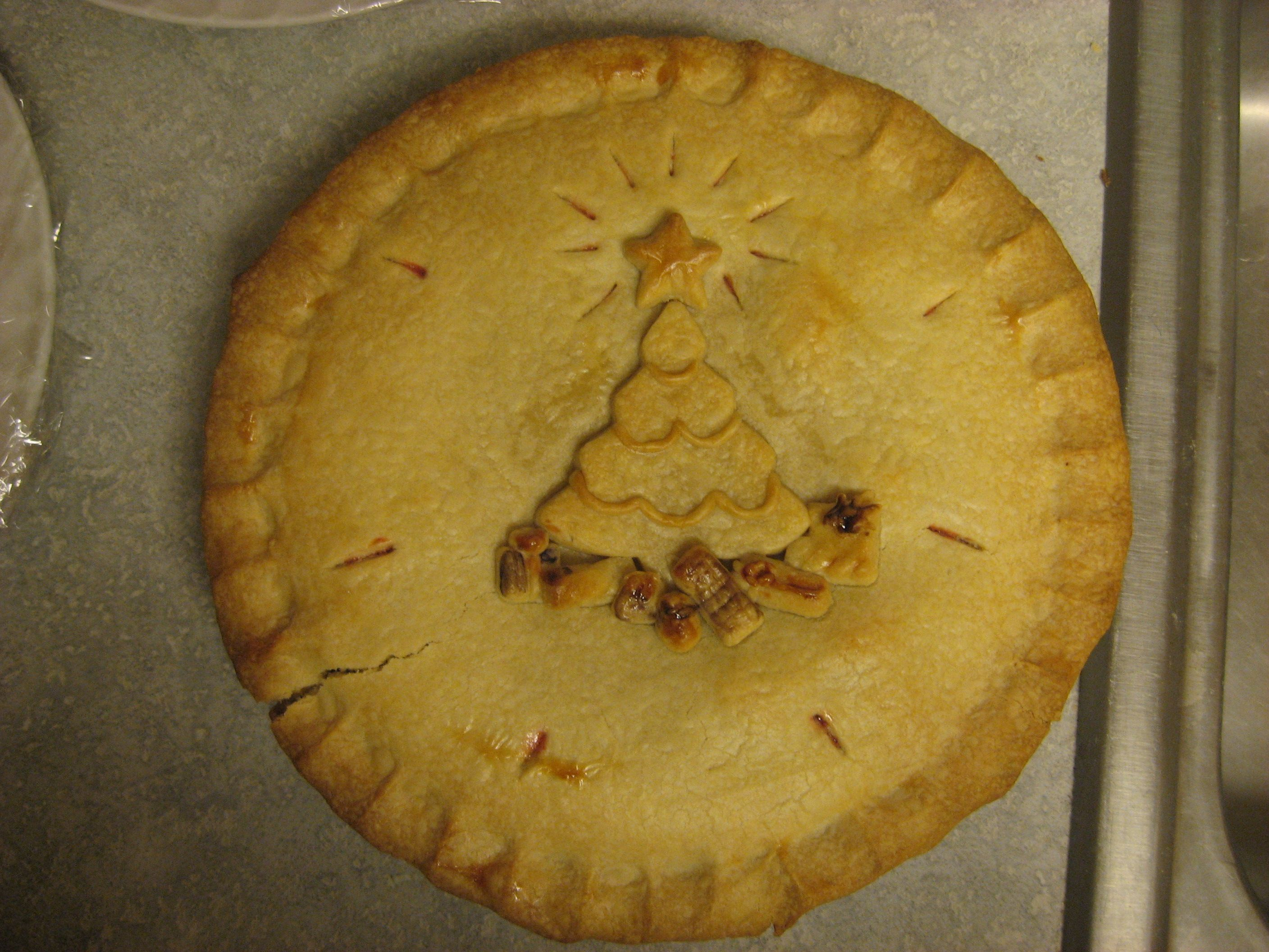 A christmas pie goes down well thinking christmas pinterest
