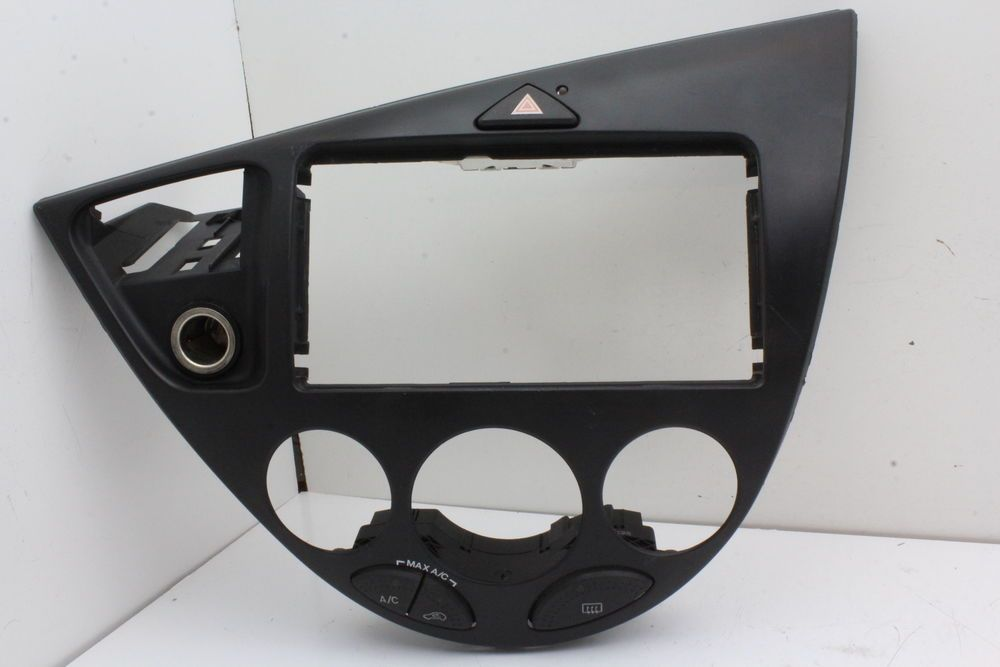00 07 Ford Focus Radio Climate Temperature Control Center Dash