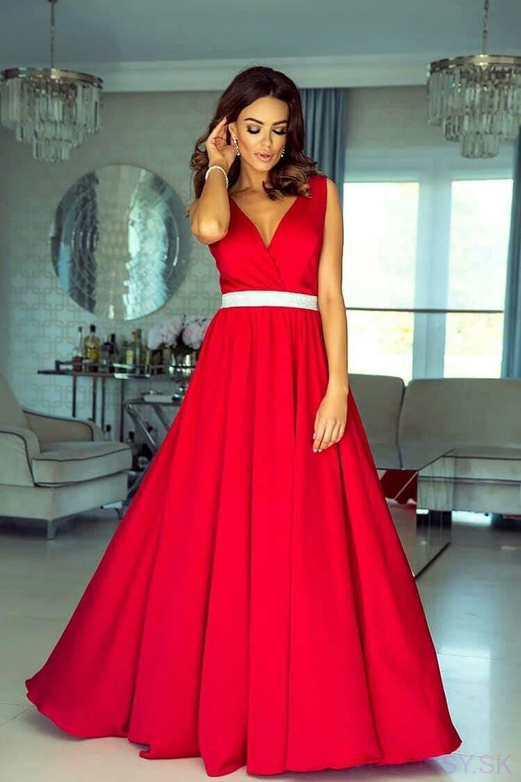 Nádherné dlhé spoločenské šaty v červenej farbe  20938d94958