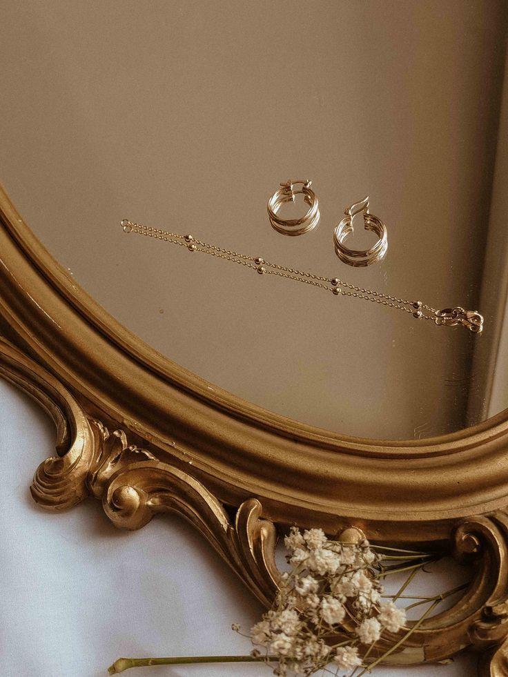 Espejo vintage y joyas de oro / S-kin studio jewelry-Minimal jewelry t …- New …