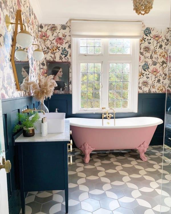 海外インテリアのお洒落なタイル使いを拝見 キッチン バスルーム トイレ 素敵なアイディア特集 浴室リフォーム 白いバスルーム リフォーム バスルーム