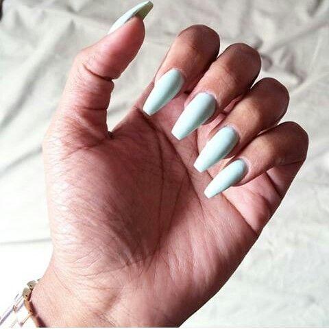 simple yet cute  bling nails nail art nails
