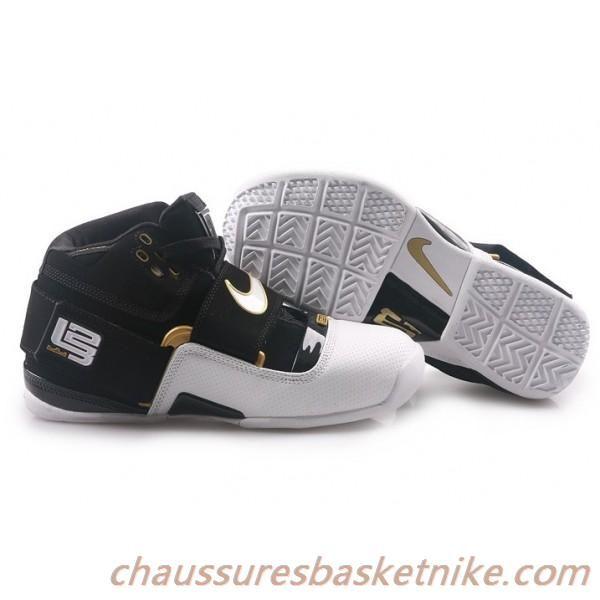 Nike Zoom Lebron 4.5 IV.V Noir Blanc Or