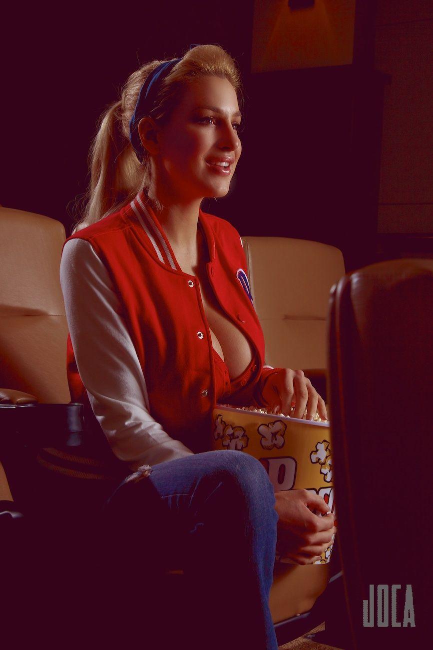Jordan Carver Preview Of Her Set All American